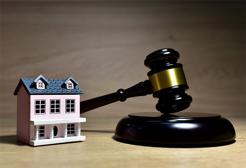 Real-Estate Lawyer Cornwall